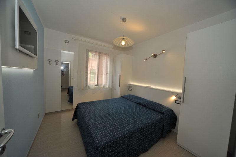 Isola d 39 elba appartamenti casa campanella resort for Illuminazione camera da letto matrimoniale